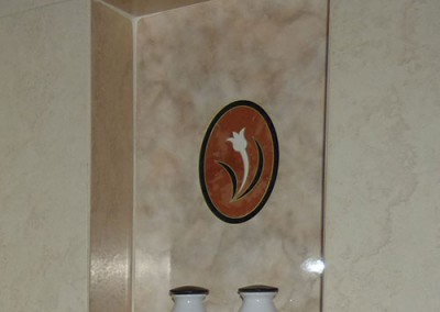 Deluxe-Room---Bath-amenities