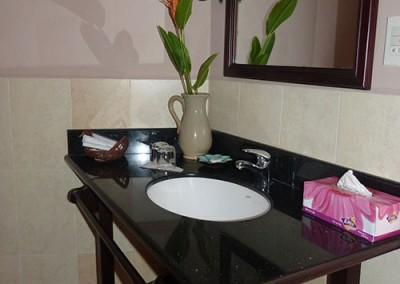Deluxe-Room-Modern-conveniences